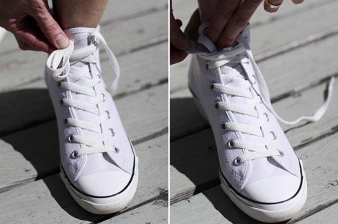 Cách buộc giày Converse cao cổ kiểu giấu dây