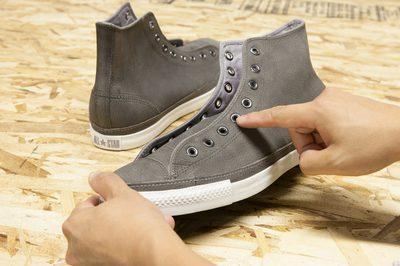 Cách thắt dây giày Converse Chuck Taylor All Star cổ cao